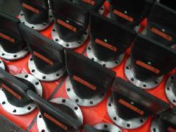Válvulas de retencion y difusion unidireccionales en Emisarios submarinos Productos de goma